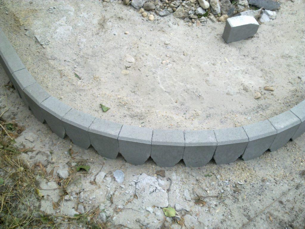 Создание полукруглых форм из бордюров